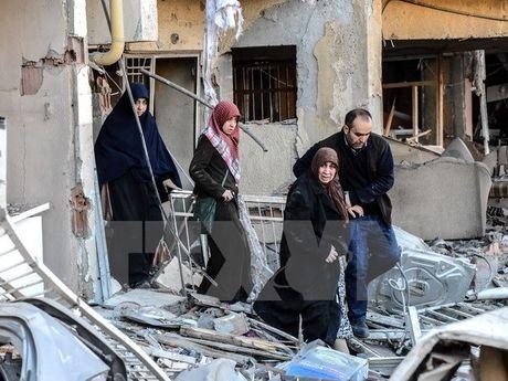 Tho Nhi Ky: Vu no o Diyarbakir duoc xac dinh la danh bom xe - Anh 1