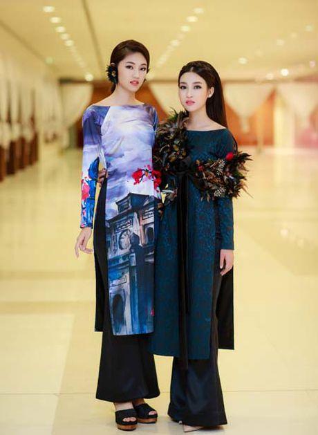 Hoa hau My Linh, A hau Thanh Tu: Tam-Cam tren tham do thoi trang - Anh 1