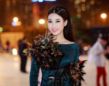 Hoa hau My Linh, A hau Thanh Tu: Tam-Cam tren tham do thoi trang - Anh 3