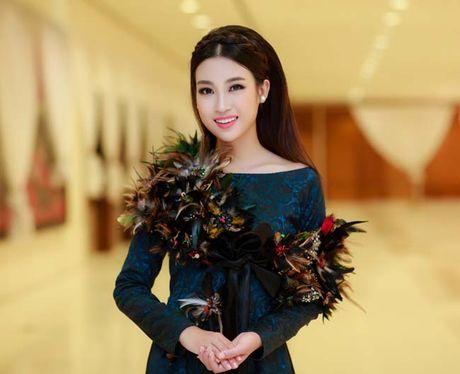 Hoa hau My Linh, A hau Thanh Tu: Tam-Cam tren tham do thoi trang - Anh 5