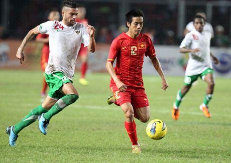 Ve xem Viet Nam vs Indonesia gia chi bang... bat pho - Anh 1