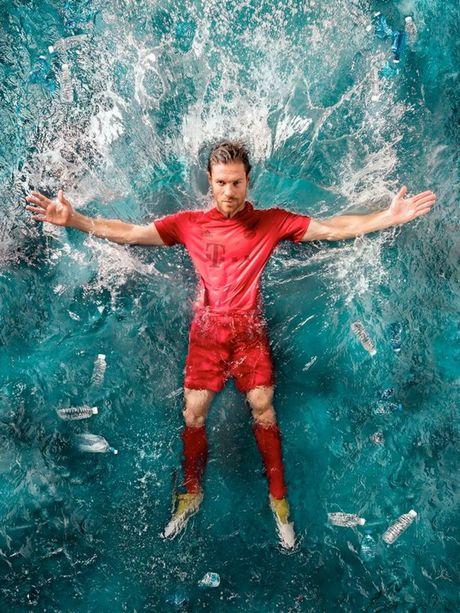 Real, Bayern se mac ao dau lam tu rac dai duong - Anh 1