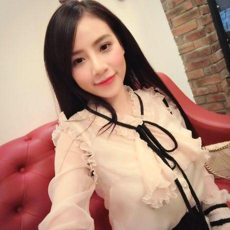 Co gai Viet dang duoc dan mang TQ san lung la ai? - Anh 9