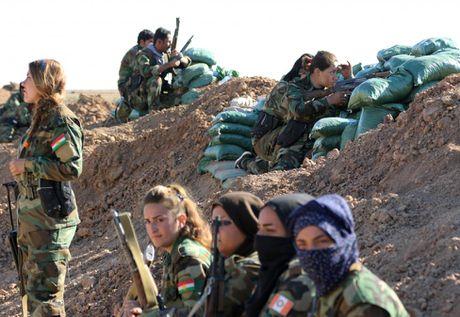 Nhung bong hong nguoi Kurd tren chien truong danh IS o Mosul - Anh 8