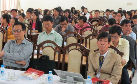 Hon 50 de tai tham du Hoi nghi khoa hoc tre Truong DHSP Hue nam 2016 - Anh 1