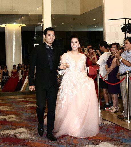 Vo chong Luong The Thanh, Huynh Dong tinh tu di ghi hinh - Anh 7