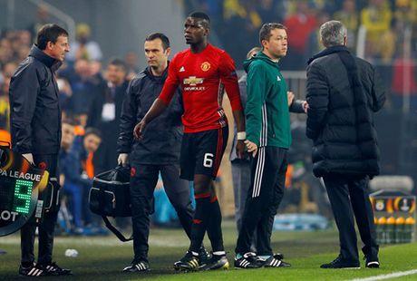 'M.U se con phai chiu them 2 nam dau kho voi Mourinho' - Anh 2