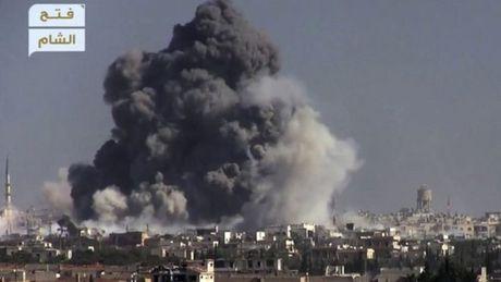 IS ban ha truc thang tan cong Nga o Syria - Anh 1