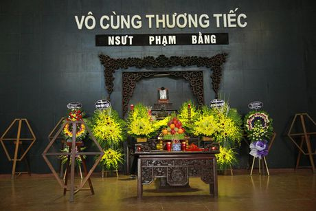 Cac nghe si dau buon tien dua NSUT Pham Bang - Anh 1