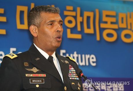 """Ong Kim Jong-un tham noi """"khac tinh gioi tinh hoa Han Quoc"""" - Anh 2"""