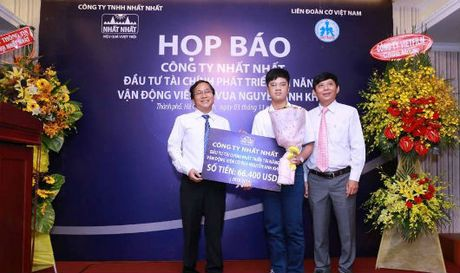 Nguyen Anh Khoa - Ky thu co vua nho tuoi nhat Viet Nam - Anh 1