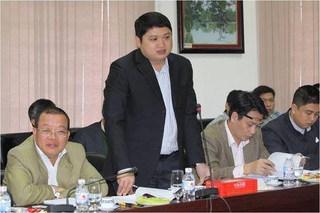 Bo Cong Thuong lam viec tai Tap doan Hoa chat ve cong tac can bo - Anh 1