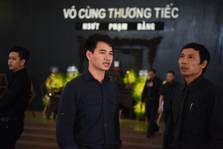 Nghe si Ha Noi dau buon den vieng NSUT Pham Bang - Anh 3