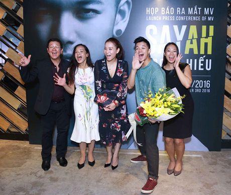 Thu Minh rang ro ben gia dinh Trong Hieu Idol - Anh 3