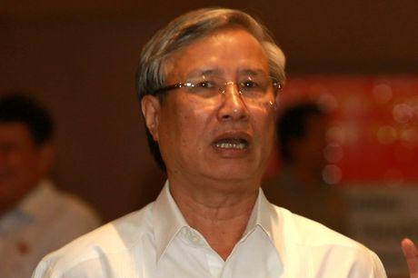 Chu nhiem Uy ban Kiem tra T.U noi ve viec ky luat ong Vu Huy Hoang - Anh 1