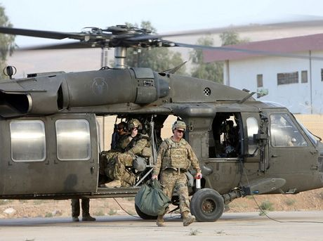 My trien khai them 1.700 linh den Iraq chong IS - Anh 1