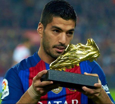 M.U dung mo co chu ky cua Suarez - Anh 6