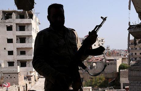 Nga len an My trong Sach Trang ve Syria - Anh 1