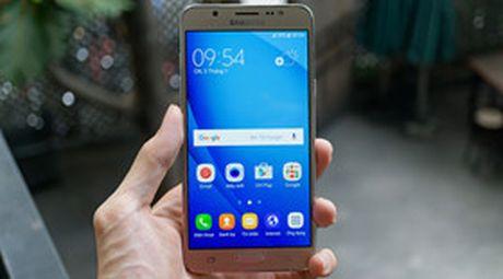 Galaxy J7 2016 xach tay full-HD, RAM 3GB, gia 3.5 trieu - Anh 1