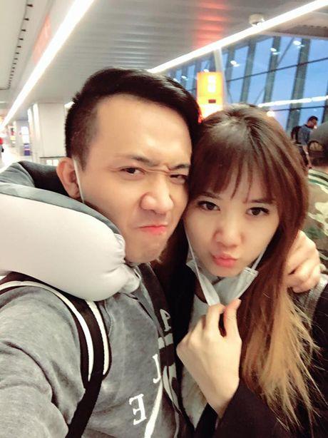 Tran Thanh om chat Hari o chau Au - Anh 1