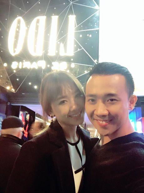 Tran Thanh om chat Hari o chau Au - Anh 5