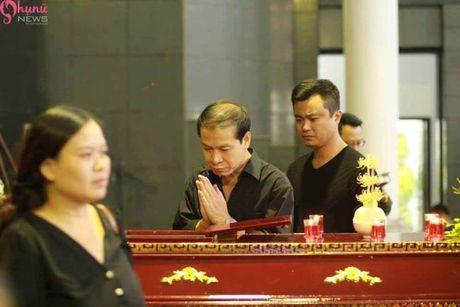 Le tang NSUT Pham Bang: Nhieu nghe si bat khoc trong le vieng - Anh 12