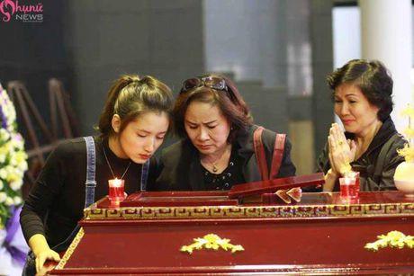 Le tang NSUT Pham Bang: Nhieu nghe si bat khoc trong le vieng - Anh 15