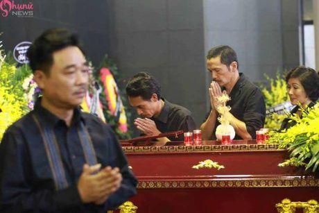 Le tang NSUT Pham Bang: Nhieu nghe si bat khoc trong le vieng - Anh 18