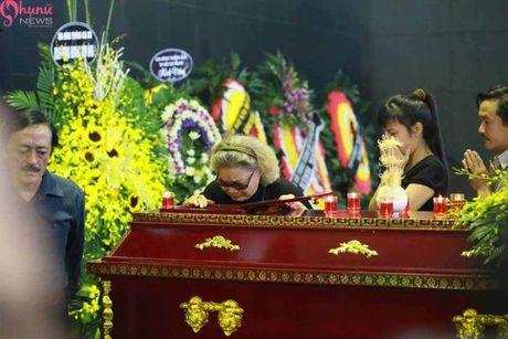 Le tang NSUT Pham Bang: Nhieu nghe si bat khoc trong le vieng - Anh 19