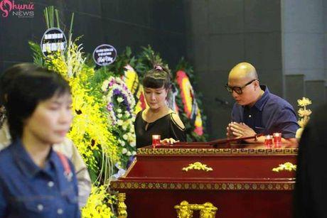 Le tang NSUT Pham Bang: Nhieu nghe si bat khoc trong le vieng - Anh 25