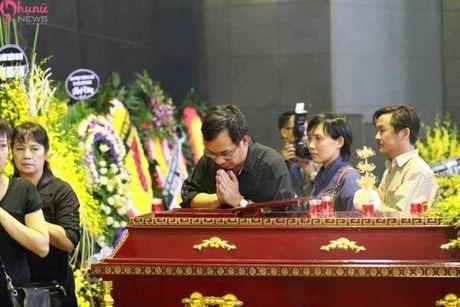Le tang NSUT Pham Bang: Nhieu nghe si bat khoc trong le vieng - Anh 26