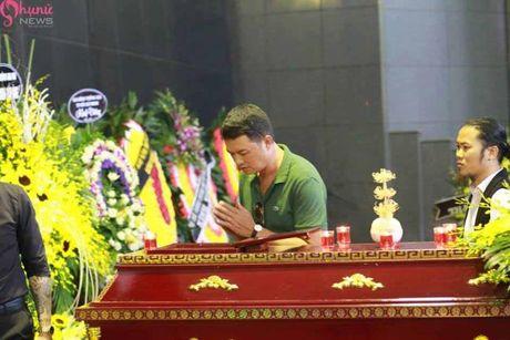 Le tang NSUT Pham Bang: Nhieu nghe si bat khoc trong le vieng - Anh 29