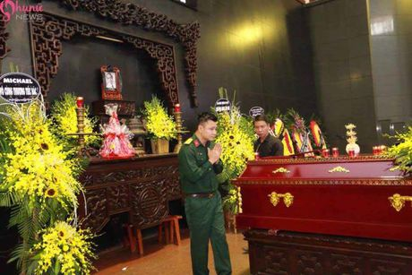 Le tang NSUT Pham Bang: Nhieu nghe si bat khoc trong le vieng - Anh 31