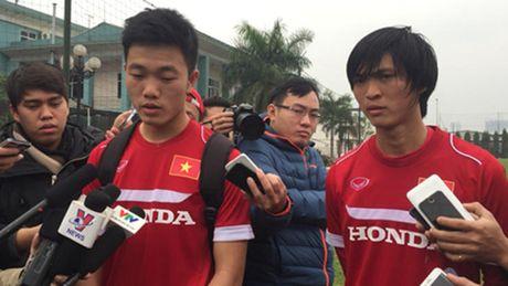 'Ngoi sao Viet Nam dang len - Xuan Truong': 'Muc tieu cua chung toi la vo dich AFF Cup' - Anh 4