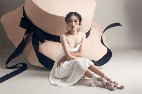 Quan quan Vietnam's Next Top Model Trang Khieu khoe em gai xinh nhu Chau Tan - Anh 1