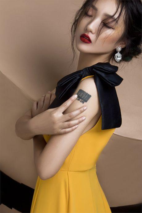 Quan quan Vietnam's Next Top Model Trang Khieu khoe em gai xinh nhu Chau Tan - Anh 6
