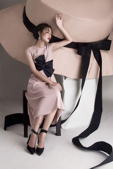Quan quan Vietnam's Next Top Model Trang Khieu khoe em gai xinh nhu Chau Tan - Anh 9