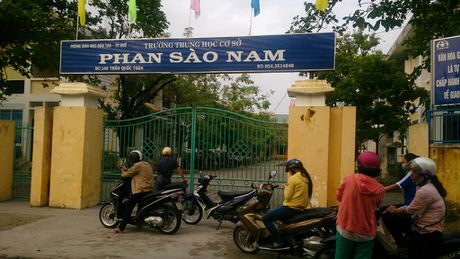Dieu tra vu nha truong lam mat 27 bang tot nghiep cua hoc sinh - Anh 1