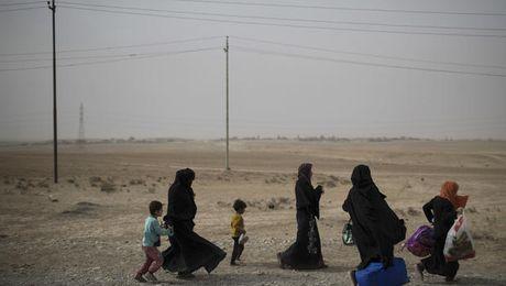 Cung quan, IS don dan lam 'la chan song' o Mosul - Anh 2
