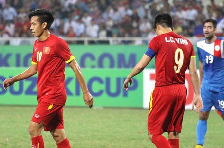 DTVN: Cuoc chien giua Cong Vinh va Van Quyet - Anh 1