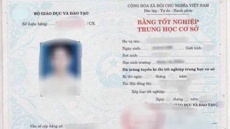 Truong Ban To chuc thanh uy bi giang xuong lam nhan vien - Anh 1