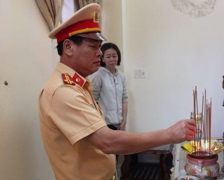 'Chu linh chi' mac ung thu van mo lam CSGT truoc luc mat - Anh 1