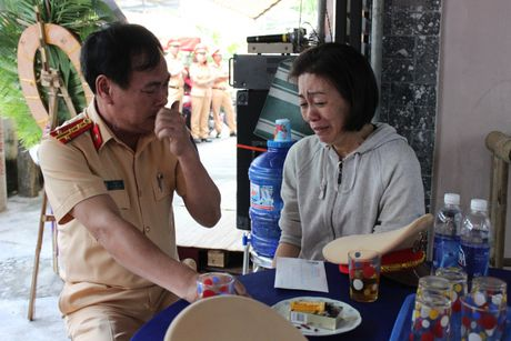 'Chu linh chi' mac ung thu van mo lam CSGT truoc luc mat - Anh 3