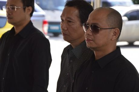 Dong dao sao Viet toi vieng nghe si Pham Bang - Anh 7