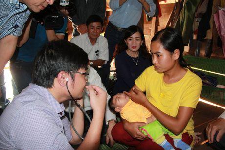 Dak Lak: Thong tin chinh thuc ve chau be bi nhiem vi rut Zika - Anh 1