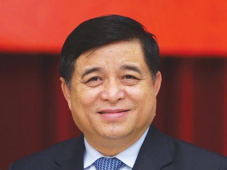 Bo truong Nguyen Chi Dung: Cham tai co cau, nen kinh te se kho vuot bay thu nhap trung binh - Anh 1