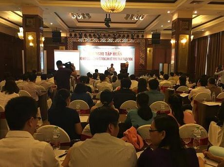 VNPT Thua Thien-Hue tham du Hoi thao ve Hoi nhap quoc te - Anh 2