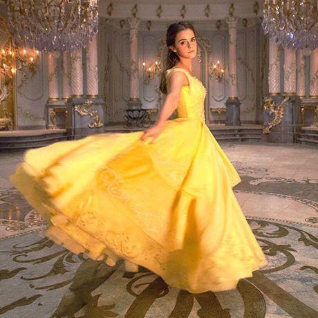 He lo hinh anh dau tien cua Emma Watson trong 'Nguoi dep va quai vat' - Anh 1