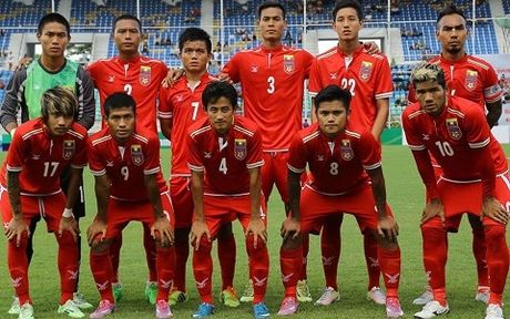 Doi thu cua DT Viet Nam ton that nang ne truoc AFF Cup - Anh 1