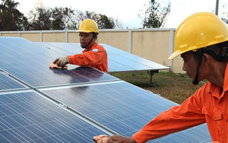 EVN de xuat du an dien mat troi 200 MW vao quy hoach - Anh 1